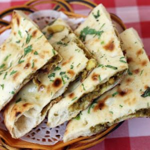 Chicken Keema Naan With Curry