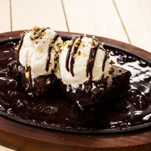 Sizzling Brownie With Hot Chocolate