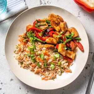 Cruchy Mix Vegetables with Hakka Noodles / Fried Rice
